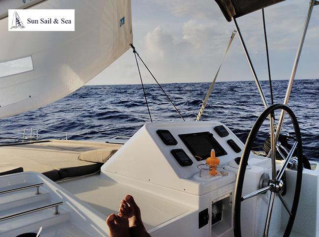 Alquiler de catamarán en Ibiza